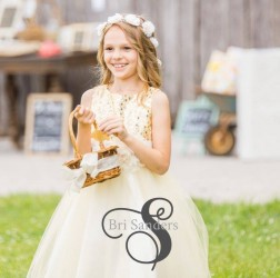 barn wedding flower girl